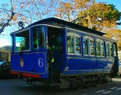 Tramvia blau de Barcelona (bertanuri bcn) Tags: bcn barcelona tramvia tranvia blau azul cat catalonia catalunya catalogne lgg6 g6 tren transporte train