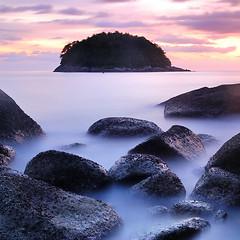 DSC_0910 (pattana92392) Tags: seawave sea longexposure sunset coast water fineart stone