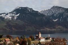 Schloss Spiez ( Baujahr Ursprung 10. Jahrhundert - château castello castle ) am Thunersee in Spiez im Berner Oberland im Kanton Bern der Schweiz (chrchr_75) Tags: christoph hurni schweiz suisse switzerland svizzera suissa swiss chrchr chrchr75 chrigu chriguhurni chriguhurnibluemailch november2017 november 2017 albumzzz201711november albumschlossspiez schlossspiez spiez kantonbern berner oberland berneroberland schloss château castle castello kanton bern thunersee alpensee see lake lac sø järvi lago 湖 albumthunersee