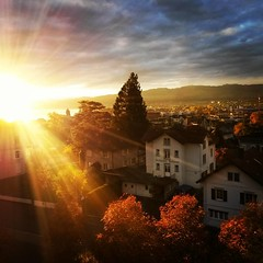 #sunrise  #justbeautiful #thurgau #arbon  #morning #bodensee (Michael P Weiss) Tags: instagramapp square squareformat iphoneography uploaded:by=instagram lofi sunrise lakesun wow morning
