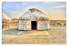 Urgench UZ - Jurte with Ayaz Kala 01 (Daniel Mennerich) Tags: silk road uzbekistan choresm yurt history architecture hdr clay fortresses