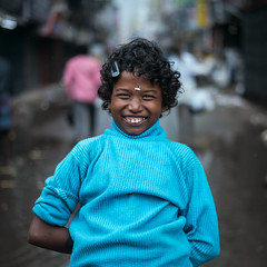 Portrait (Vilvesh) Tags: cwc chennaiweekendclickers parryscorner portrait monsoon rain rainyday rainisbeautiful nikond750 nikon50mm chennai blue smile smileontheface