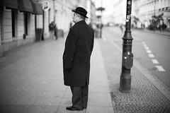 Watching and Waiting (michael.mu) Tags: leica m240 50mm noctilux leicanoctiluxm50mmf095asph warsaw warszawa poland streetphotography silverefexpro bw blackandwhite monochrome