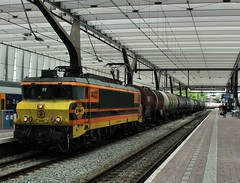 RRF 4402 te Rotterdam CS (erwin66101) Tags: ns rrf rotterdam rail feeding rotterdamrailfeeding gatx gatxvaten ketelwagens keteltrein cargo goederentrein station gouda centraal cs rotterdamcentraal rotterdamcs