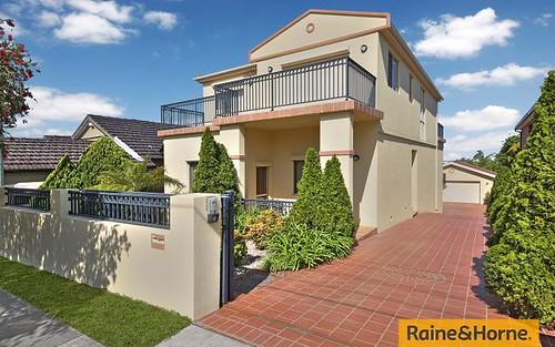 16 Waratah St, Arncliffe NSW 2205