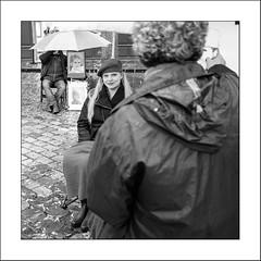Modèle (Panafloma) Tags: 2017 bandw bw cielmétéo famille france géographie montmartre métiersetpersonnages nadine nadinebauduin natureetpaysages objetselémentsettextures paris personnes placedutertre techniquephoto végétaux blackandwhite noiretblanc noiretblancfrance parapluie pavés peintre peintrederue peintures photoderue pluie province streetphoto streetphotography fr