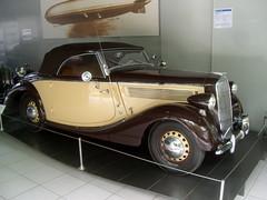Opel Super 6 Cabriolet - 1937/1938 (bayernernst) Tags: 2017 juni 27062017 sn206712 deutschland bayern amerang museum automobilmuseumamerang efamuseumamerang oldtimer motorwagen auto kraftfahrzeug kraftfahrzeuge kfz opel opelsuper6