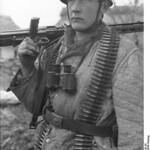 Fallschirmjäger with MG at Monte Cassino. Photo: Bundesarchiv, Bild 101I-578-1939-20 / Gremmelsbacher / CC-BY-SA 3.0 thumbnail