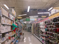 Aisle 14, looking up toward the pharmacy (l_dawg2000) Tags: 2012 al alabama bakery classymarket dairy delicatesen floraldepartment florence grocery grocerystore pharmacy publix retail retailredevelopment supermarket unitedstates usa