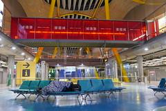 Madrid T4 (Zoltán Jakab) Tags: madrid t4 airport aeropuerto bajaras