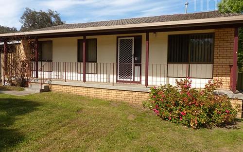 18 Cassia Street, West Albury NSW