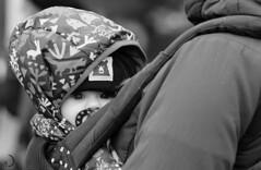 Bonheur paisible (bd168) Tags: blackandwhite winter christmasmarket baby fujifilm 90mm xt10