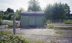 Chandlers Ford Station site, July 1997 (Ian D Nolan) Tags: railway station chandlersfordstation 35mm epsonperfectionv750scanner