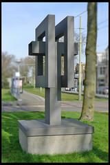 den haag object 01 1979 v osnabrugge j (v boetzelaerln) (Klaas5) Tags: hague thehague netherlands holland ©picturebyklaasvermaas art kunst kunstwerk artwork sculpture sculptuur postwarart niederlande paysbas nederland publicart outdoor plastiek
