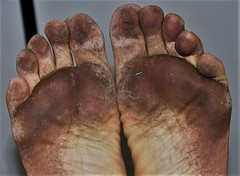 dirty city feet 202a (dirtyfeet6811) Tags: feet soles barefoot dirtyfeet dirtysoles cityfeet