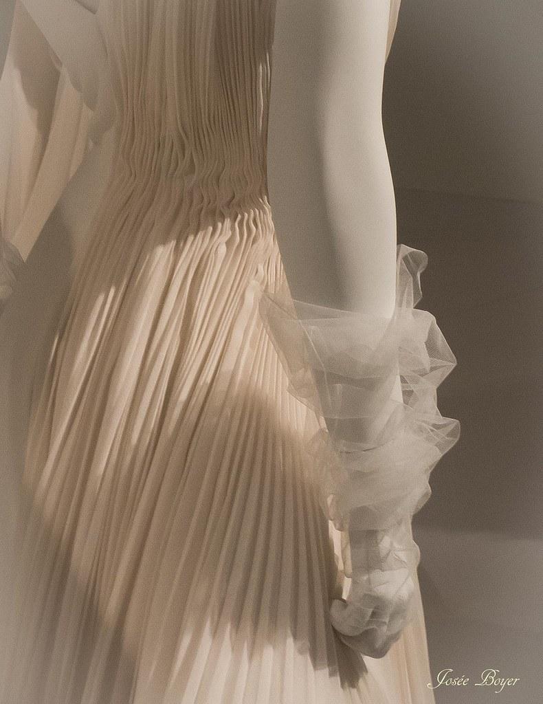 Exposition Dior Musee Des Arts Decoratifs Japon