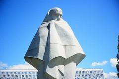 Солом'янська площа, Київ (slo:motion) Tags: київ україна statue kyiv kiev ukraine contaxt2 fuji provia400x