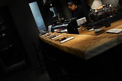 DSC_2641 (fdpdesign) Tags: design fdpdesign italia italy furniture led lights milano milan shopdesign sushi bar cocktails legno wood cerdisa ora neta specchio specchi 2017