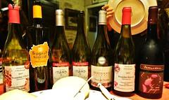 ~~ Le choix ! ~~ (Joélisa) Tags: beaujolaisnouveau vin fête bouteilles novembre2017