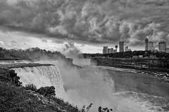 US-NY Niagara Falls - Sky Drama 2017-07-01 (N-Blueion) Tags:
