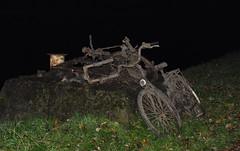 Nightrider (johan van moorhem) Tags: belgium belgique belgië flanders vlaanderen westvlaanderen beernem brugge oostkamp canalbruggegent kanaalbruggegent fietspad cyclinghome afterwork dredgedbikes