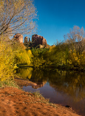 Lake and trees and some annoying kids .... (max tuta noronha) Tags: sedona outono fall autumn yellow redrock aqua arvores tookthemoutbythepowersofphosotshop