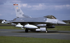 F-16C 89-2115 MY 68FS EGWZ 160994 CLOFTING P (Chris Lofting) Tags: f16 f16c 892115 my 68fs alconbury usaf