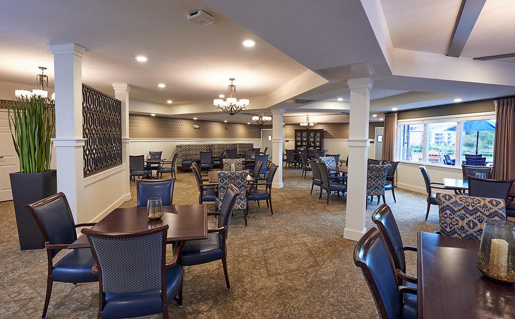 Lobby Senior Living Dining Room Senior Living Dining Room ...
