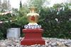 Día 195 (acido askorbiko) Tags: jarron vase art estatua statue buddhism budismo buddha religion spiritual symbolic gold temple portrait landscape canon photo photography photographer noedit nofilters shoot shooting