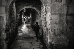 Back streets of Barcelona (Dafydd Penguin) Tags: back streets street raw candid shots after dark night town urban city blackandwhite blackwhite black white monochrome bw noir people person arch spain barcelona catalonia catalunya nikon df nikkor 35mm af f2d