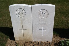 A.C. Henderson, Seaforth Highlanders & A.S. Twin, Essex Regiment, War Grave, 1915, Le Treport (PaulHP) Tags: cwgc world war graves headstones france le treport military cemetery private ac alexander clark henderson service number s2861 12th october 1915 7th bn battalion seaforth highlanders john mary edinburgh scotland lance corporal as albert stephen twin 12410 11th d coy company 9th essex regt regiment eliza emma richard daniel grays one ww1 grave headstone