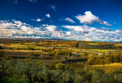 Tuscany - The beauty of Chianti (einaz80) Tags: chianti monteriggioni siena toscana tuscany countryside paesaggio landscape landschaft hills colline autunno autumn fall