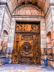 Church door 🚪 (freddylyon69) Tags: weekend travel architecture wood colors winter 2017 promenade lepuyenvelay church doors iphone