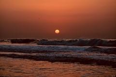Sunset over rough seas! (Nina_Ali) Tags: waves nikond5500 vibrant sea africa senegal sunset afrique travelphotography westafrica ninaali