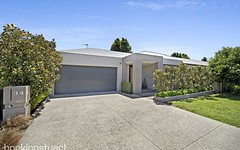 34 St Andrews Place, Lake Gardens VIC
