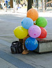 Incognito (CoolMcFlash) Tags: candid street streetphotography person man funny balloon colors spy incognito sitting vienna fujifilm xt2 strase mann hidden versteckt lustig baloon bunt spion wien sitzen fotografie photography xf 18135mm f3556r lm ois wr