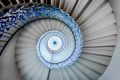 Tulip Stairs (Daniel Coyle) Tags: tulipstairs queenshouse greenwich oldroyalnavalcollege spiralstaircase staircase spiral stairs london architecture danielcoyle nikon nikond7100 d7100 uk england highkey