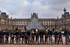 Australians at the Louvre (Pantchoa) Tags: paris france lelouvre palais musée louvre cyclistes touristes australiens vélos nuages pyramide façades architecture brisbane tamron 35mmf18 photojournalisme