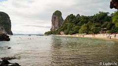 Railay East - Krabi, Thailand (Lцdо\/іс) Tags: lцdоіс thailande thailand thailandia krabi railay east travel beach beauty beautiful rock aonang voyage