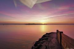 Lever de soleil Port louis (Philippe RIquet) Tags: soleil couleurs mer rade lorient morbihan sea lever sunrise nuages clouds citadelle portlouis rochers france french flickr tokina 1116mm f28 sony a77mark2 ilca77m2