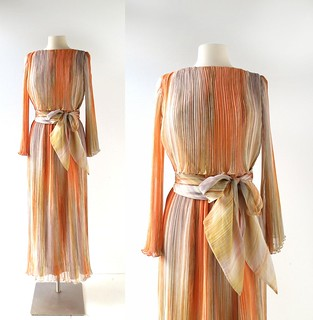 1970s Marita by Anthony Muto plisse chiffon evening gown