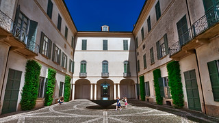 Villa Panza -  Children play in the courtyard
