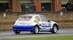J78A1534 (M0JRA) Tags: rally cross cars racing tracks grass roads woods british people spectators croft raceways