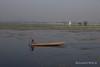 Srinagar (Rolandito.) Tags: asia india kashmir inde indien srinagar lake woman boat