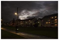 LONELY RIDER (der zweite blick!) Tags: andreasjurgenowski cologne derzweiteblick der2teblick deutschland germany köln kölnnippes nordrheinwestfalen northrhinewestfalia nrw evening abend herbst autumn lonelyrider biker radfahrer