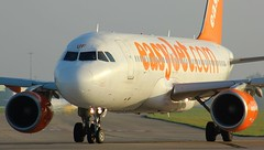 G-EZUF (AnDyMHoLdEn) Tags: easyjet a320 egcc airport manchester manchesterairport 23l