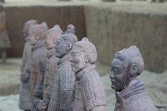 Terracotta warriors (mbphillips) Tags: china 中国 중국 中國 陕西 shaanxi asia 亞洲 fareast アジア 아시아 亚洲 兵马俑 terracottawarriors unesco mbphillips canonef85mmf18usm canon80d geotagged photojournalism photojournalist 西安 長安 临潼区 臨潼區 lintongdistrict 秦朝 qin qindynasty xian 시안