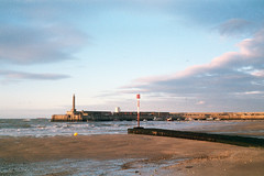 Harbour Arm, Margate (BlueMod) Tags: margate thanet olympus agfavista200 unedited
