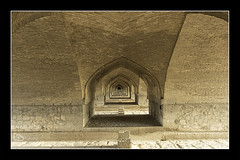 Allahverdi Khan Bridge (alamond) Tags: bridge allahverdikhanbridge 33 arch arches brick texture river esfaha isfahan iran 2017 safavid canon 7d markii mkii llens ef 1740 f4 l usm alamond brane zalar