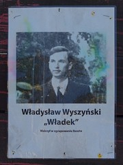 "A photograph of Władysław Wyszyński on the ""barricade of memory"" on Krakowskie Przedmieście (stillunusual) Tags: warsaw warszawa wwa poland polska barykada barricade barykadapamięci barykadapamieci barricadeofmemory barykadywarszawy2017 boguslawlustyk bogusławlustyk lustyk war warsawuprising warsawrising powstaniewarszawskie polskawalcząca polskawalczaca secondworldwar worldwar2 ww2 wwii armiakrajowa homearmy polishresistance history historyofpoland polishhistory historiapolski germany deutschland germanhistory nazigermany nazi thirdreich 1944 culture polishculture commemoration remembrance partisan polishpartisan resistancefighter polishresistancefighter military soldier travel travelphotography travelphoto travelphotograph 2017"